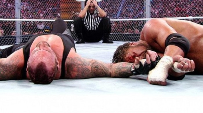 Undertaker vs Triple H